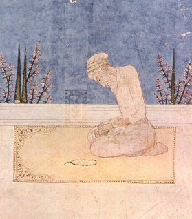 Aurangzeb in prayer. Parables have him praying in the field of battle.